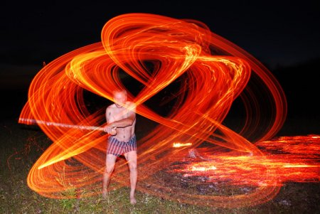 Огнехождение - это древняя практика