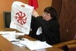 """Судья ошиблась, приняв древнеславянский символ """"коловрат"""" за фашистскую свастику"""