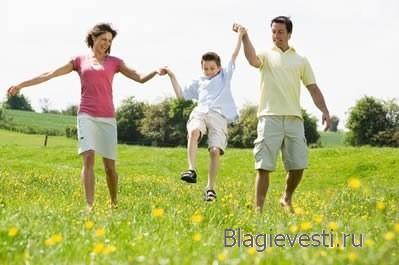 Без врачей и лекарств жить веселее и легче..