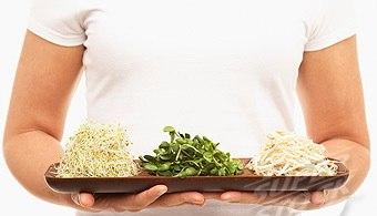 Пророщенные зерна злаков и бобовых сегодня входят в перечень самых полезных ...
