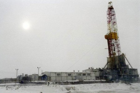 » Куда течет нефть?