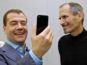 » Запад похоронил политическую карьеру Медведева