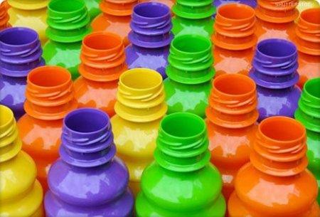 Ученые требуют признать опасность пластика