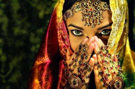 Быть красивой – естественное состояние женщины.