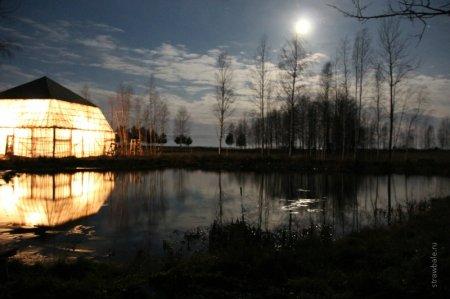 Теория и практика строительства живых энерго-эффективных соломенных домов.