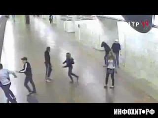 Александра Лоткова. Стрельба в метро.