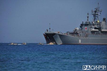 Российские корабли идут на помощь Асаду.